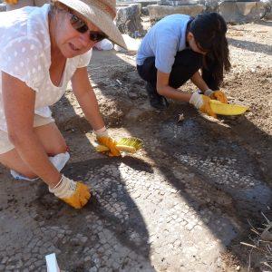 Perge-ancient-city-Excavations-101