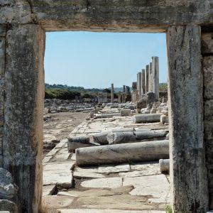 Perge-ancient-city-Excavations-104