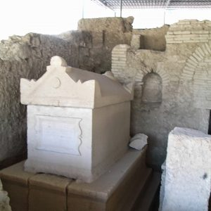 Perge-ancient-city-Excavations-125