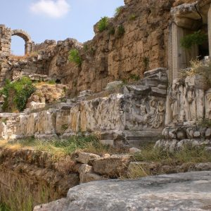 Perge-ancient-city-Excavations-25