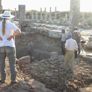 Perge-ancient-city-Excavations-42