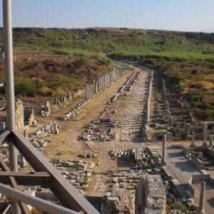Perge-ancient-city-Excavations-48