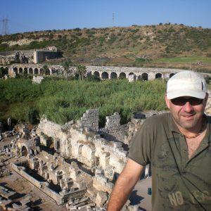 Perge-ancient-city-Excavations-55