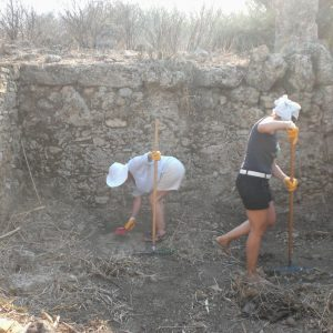 Perge-ancient-city-Excavations-84