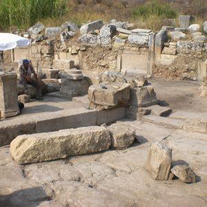 Perge-ancient-city-Excavations-9